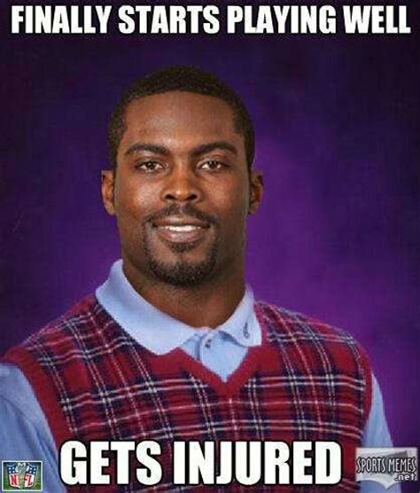 Michael Vick Memes - gets injured meme