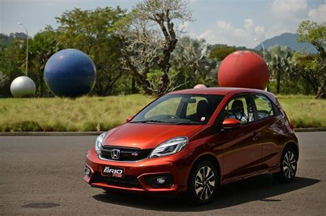 Garnis Depan Dop Brio Rs 2016 new brio satya cvt menjajal mobil lcgc paling gaya di kelasnya merdeka