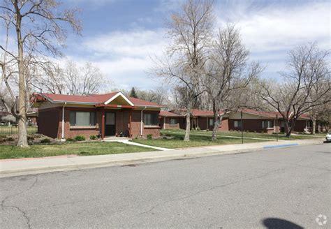 Apartment Communities Denver Columbine Apartment Homes Rentals Denver Co