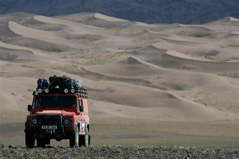 land rover desert land rover g4 challange mongolia land rover defender 110