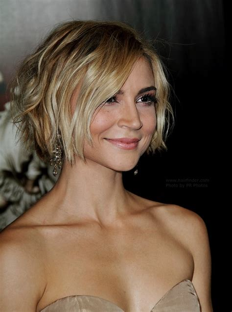 boho bob haircuts samaire armstrong short and tousled hairstyle colored