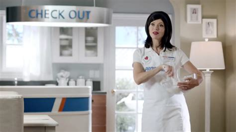 geico commercial actress flo flo can t be your wife but your wife can be flo in