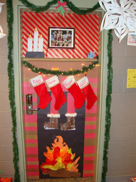 decorate meaning christmas door decorating contest winner my roommates and