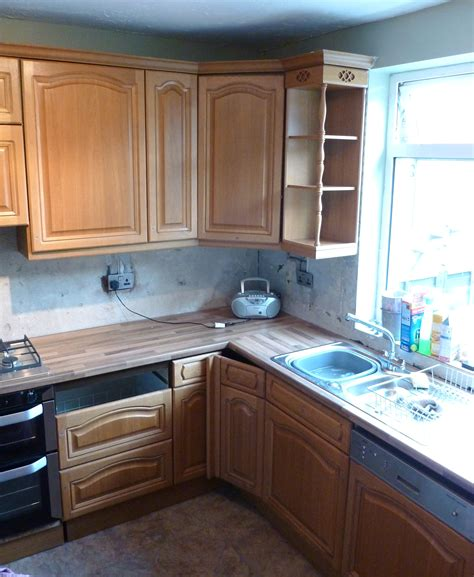 can i paint my laminate kitchen cabinets 100 can i paint my laminate kitchen cabinets