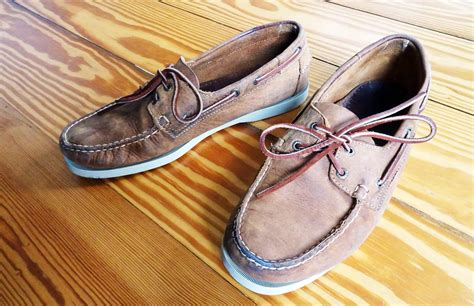 how to clean sperry boat shoes how to clean sebago boat shoes style guru fashion