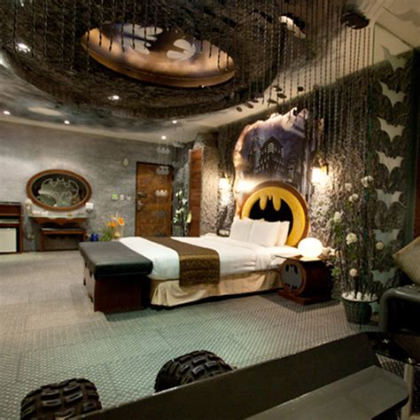 batman themed bedroom batman themed hotel room strange beaver