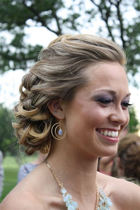 s prom hairstyles 2005 59 prom hairstyles to look the of the hairstylo