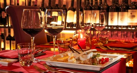 ristorante lume di candela roma cena romantica a roma weekend a lume di candela