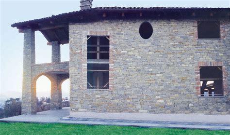 interni casa in pietra murature in pietra di langa muri in pietre di langa