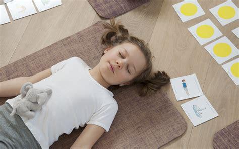 2955828106 le memo yogamini le yoga le m 233 mo yogamini yoga pour petits kids