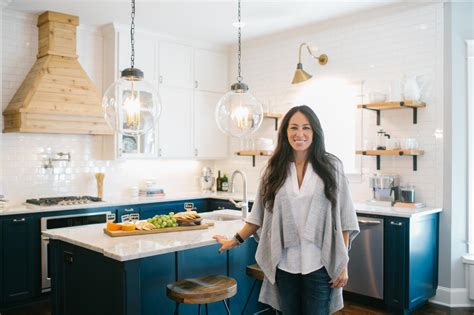 watch home design shows photos hgtv s fixer upper with chip and joanna gaines hgtv