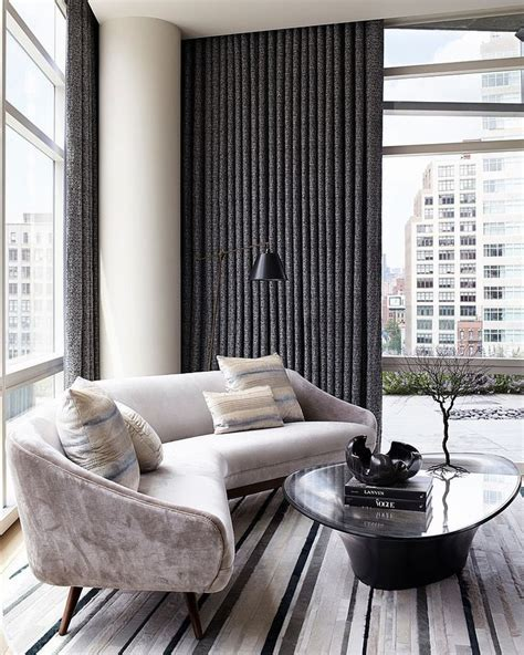 Amy Lau Interior Design 25 Best Ideas About Curved Sofa On Pinterest Curved