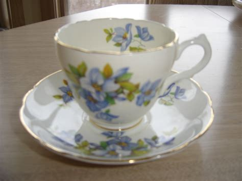 Floral Pattern Bone China Tea Cup And Saucer vintage marlborough bone china tea cup saucer set dainty blue floral pattern