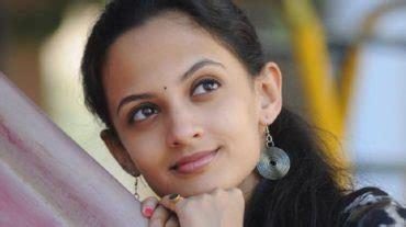 balak palak review the age of innocence marathi child information marathi tv