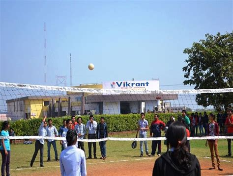 Mes Kuttippuram Mba Fee Structure by Fee Structure Of Vikrant Institute Of Technology And