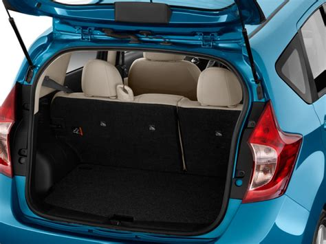 nissan note interior trunk image 2015 nissan versa note 5dr hb cvt 1 6 sl trunk