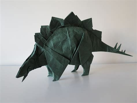 Origami Stegosaurus - some of the best origami i ve seen in 65 million years