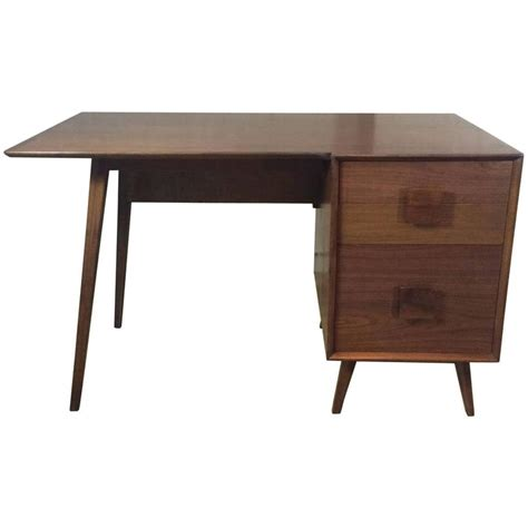 Walnut Desk Modern Mid Century Modern Walnut Single Pedestal Desk At 1stdibs