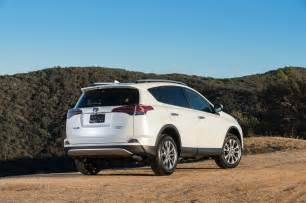 Toyota Rava4 2017 Toyota Rav4 Reviews And Rating Motor Trend