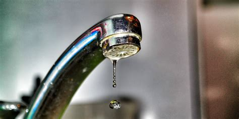 how to fix a leaky faucet in 5 easy steps how to fix your leaking faucet