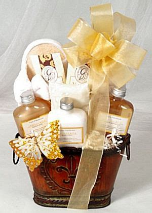 town wedding guests gift basket ideas aa gifts baskets idea blog