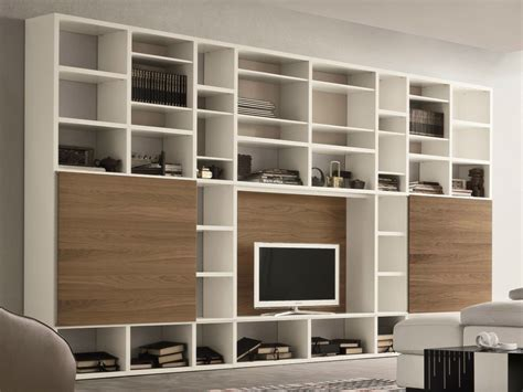 wohnwand mit schiebeelement lacquered tv wall system speed o by dall agnese design