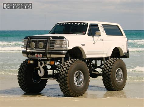 bronco car lifted wheel offset 1996 ford bronco super aggressive 3 5 lifted