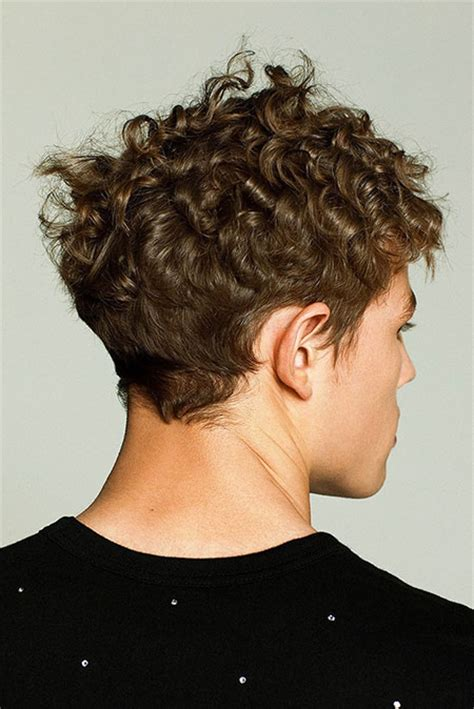 Cool Hairstyles For Curly Hair by Cool Curly Hairstyles For Mens Hairstyles 2018