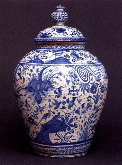Empty Vase La China History Of Design Through The 18th Century