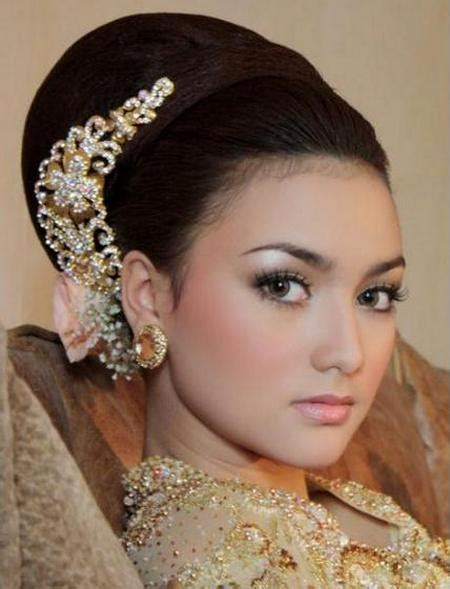 Make Up Artist Untuk Wedding make up k pesta hairstylegalleries