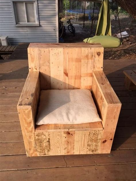 pallet armchair recycled wood pallet chair ideas wood pallet ideas