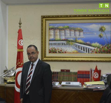 tunisie mabrouk kourchid porte plainte contre un