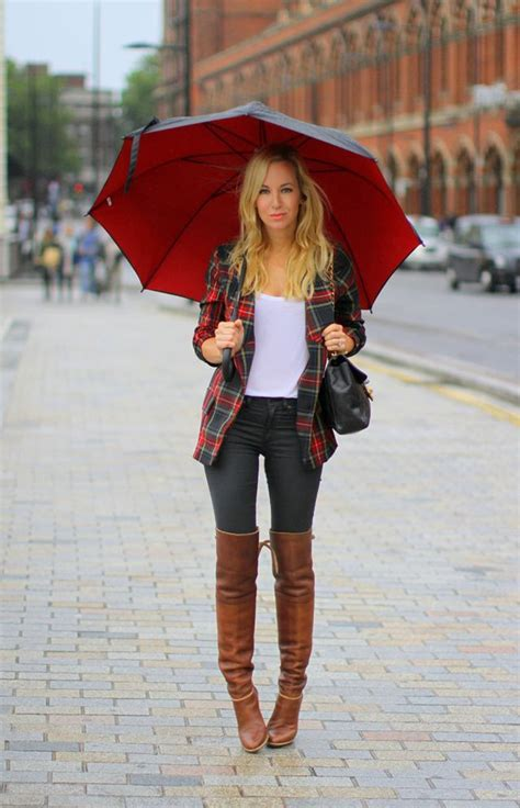 how to wear the knee boots must boots for fall the fashion dressing