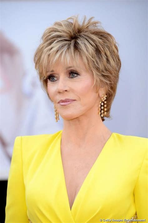 bing hairstyles for women over 60 jane fonda with shag haircut hairstyles for women over 60 jane fonda elle hairstyles