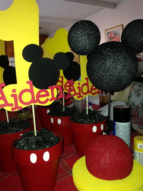 Mickey Mouse Center Pieces Gotta Love The Cricut Aiden S Centerpieces For Mickey Mouse Birthday