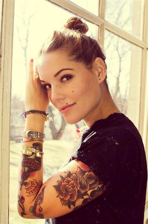 tattoo old school hipster tatouage bras femme