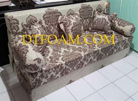 Sofa Di Pekalongan sofa bed inoac coklat muda krem batik yang sangat eksklusif dtfoam