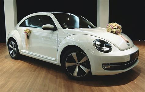 Decorated Vw Beetle by Wedding Car Rentals In Singapore 4 Decor Ideas For Your Bridal Car Honeybrides