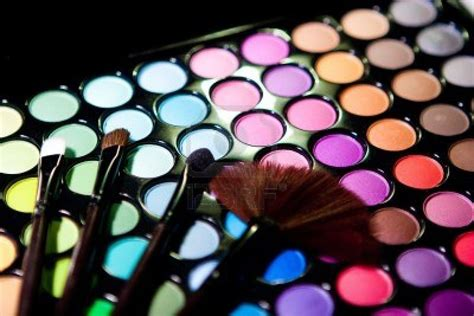 3 kinds of makeup palettes that you should own pretty 3 types of amazing makeup palettes that you should have