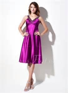 a linie v ausschnitt wadenlang spitze brautjungfernkleid mit scharpe band blumen p410 empire linie v ausschnitt knielang charmeuse