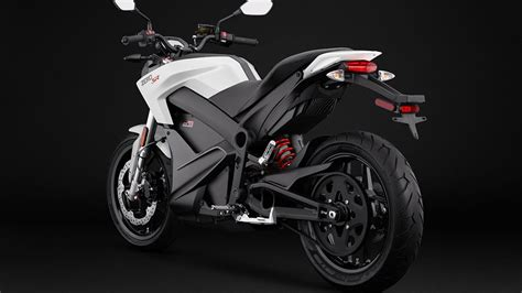 km menzilli ve hizli sarjli elektrikli motosiklet