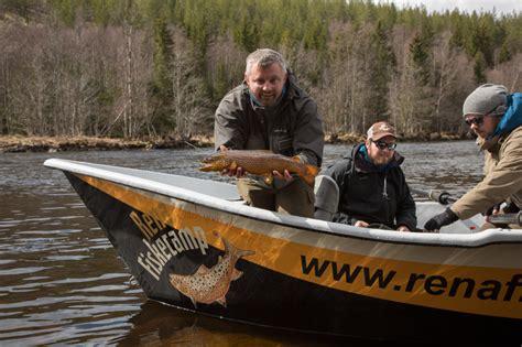 drift boat fishing guides drift boat fishing the rena river fishspot