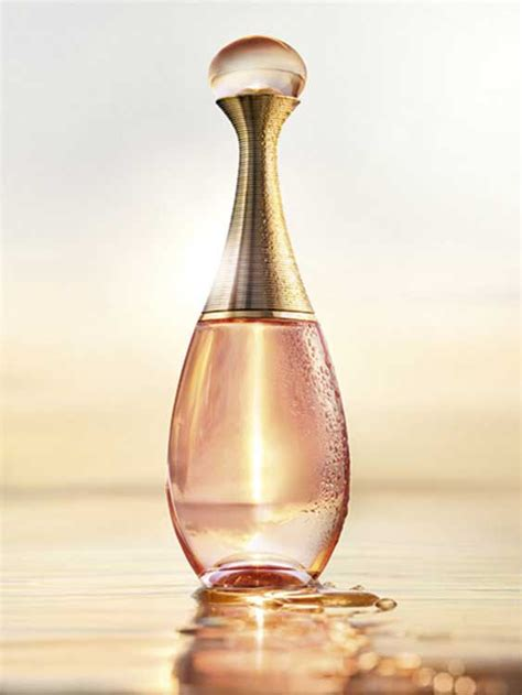 Parfum Christian Jadore j adore in christian perfume a new fragrance