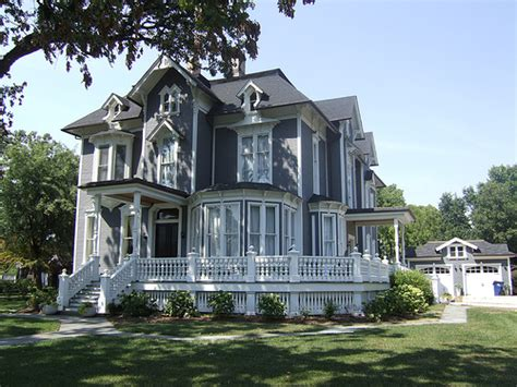 Home Design Eras Gallery For Gt Small Victorian Era House