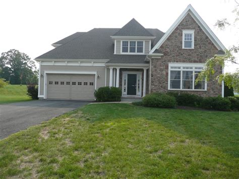 houses for sale bloomfield ct 5 colonial drive south bloomfield ct 06002 foreclosed home information reo properties and