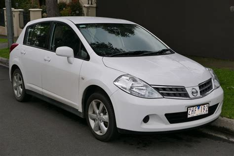 nissan tiida hatchback related keywords suggestions for nissan tiida