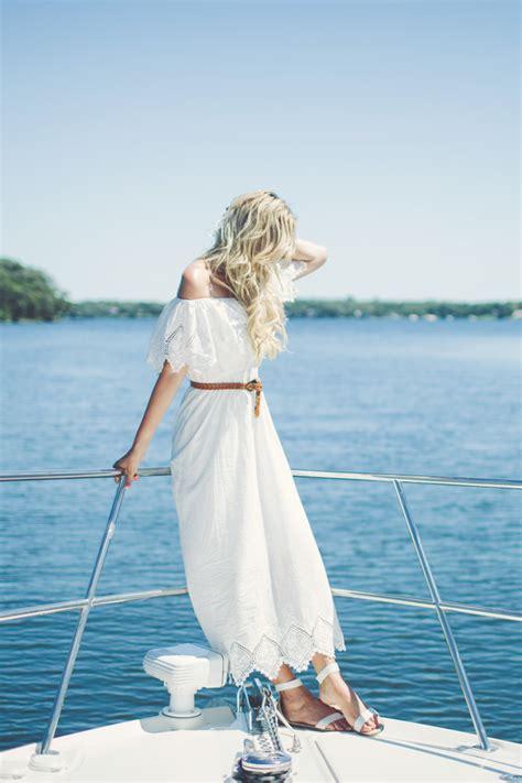 lake minnetonka boat rides lace on lake minnetonka dash of darling