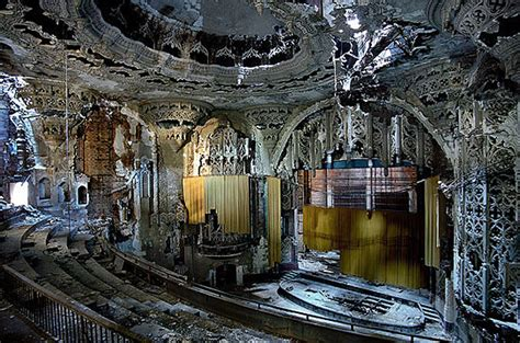 Detroit Mansions For Cheap by United Artists Theater In Detroit Mi Cinema Treasures