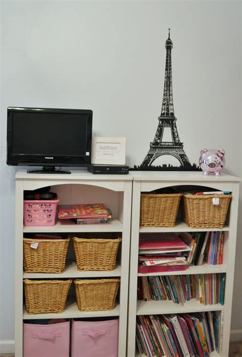 shes crafty paris themed bedroom