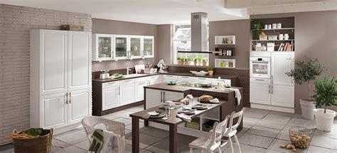 landhausküchen günstig wohnzimmer und esszimmer gestalten